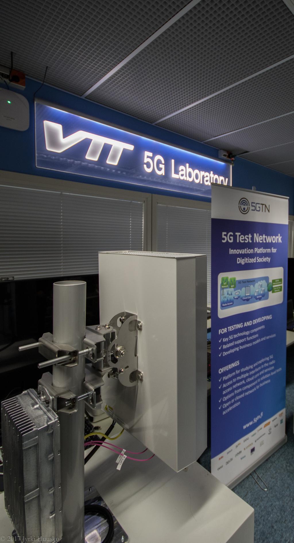 Laboratoire 5G de VTT (credits: Jyrki Huusko / Flickr Creative Commons Attribution 2.0 Generic (CC BY 2.0))