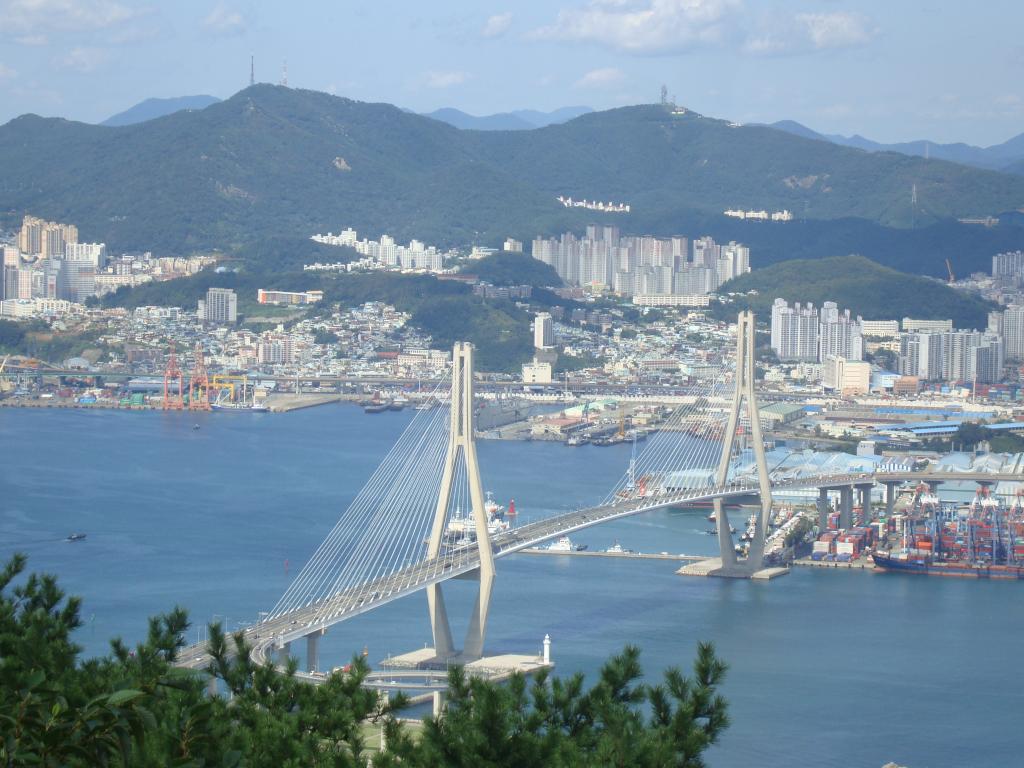 Le pont Bukhang à Busan en Corée du Sud (crédits: Jens-Olaf Walter / Flickr Creative Commons Attribution-NonCommercial 2.0 Generic (CC BY-NC 2.0))
