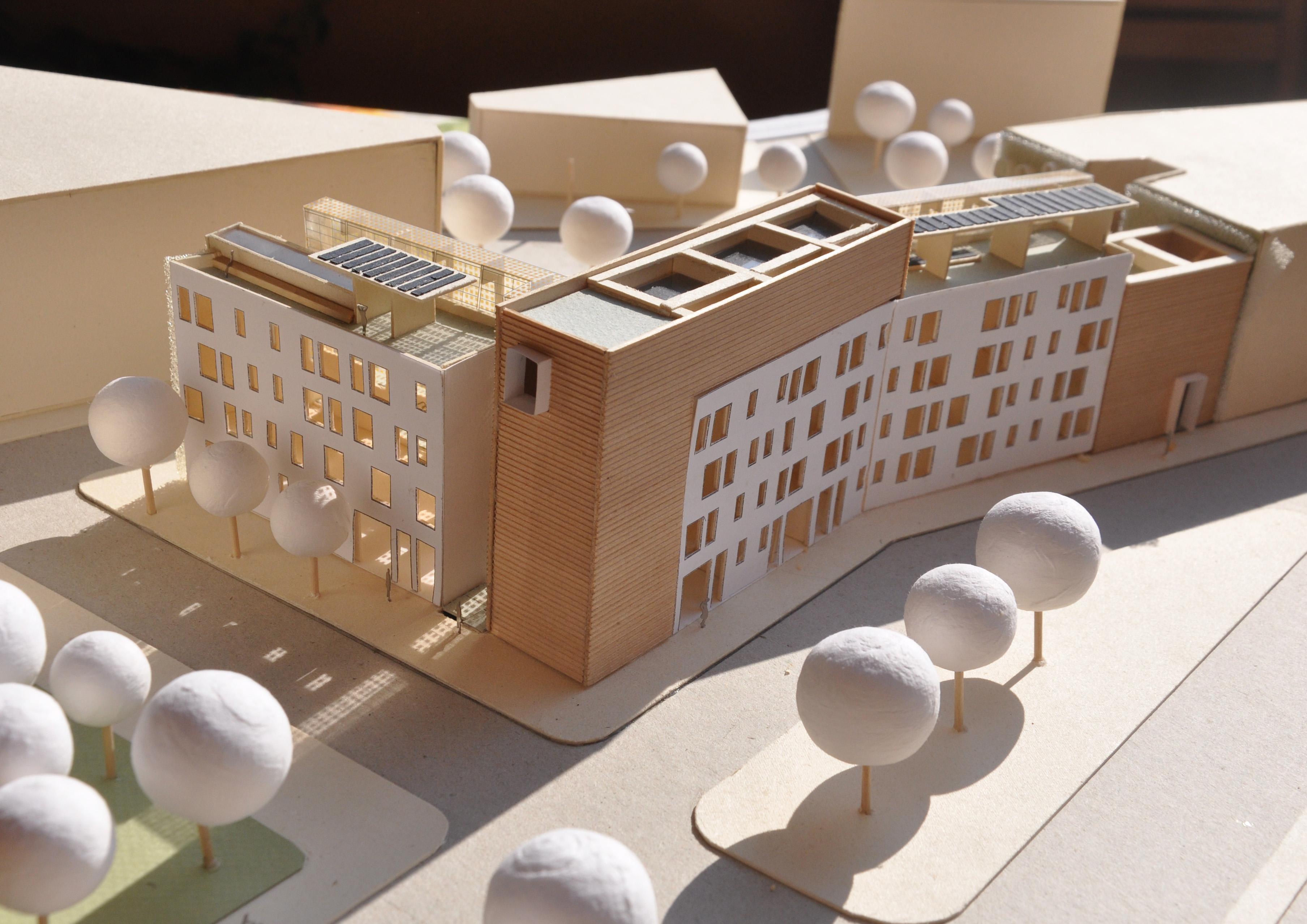 Maquette d'immeuble résidentiel bioclimatique (crédits: Matteo Garone / Flickr Creative Commons Attribution-NonCommercial 2.0 Generic (CC BY-NC 2.0))