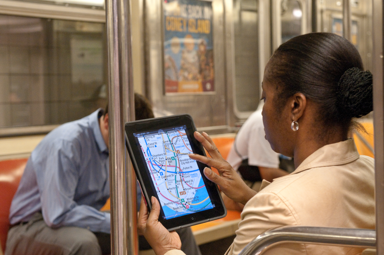 Software applications that increase access to information and improve the travel experience for customers of New York's subways, buses, railroads and bridges and tunnels. (credits: Metropolitan Transportation Authority / Patrick Cashin / Flickr Creative Commons Attribution 2.0 Generic (CC BY 2.0))