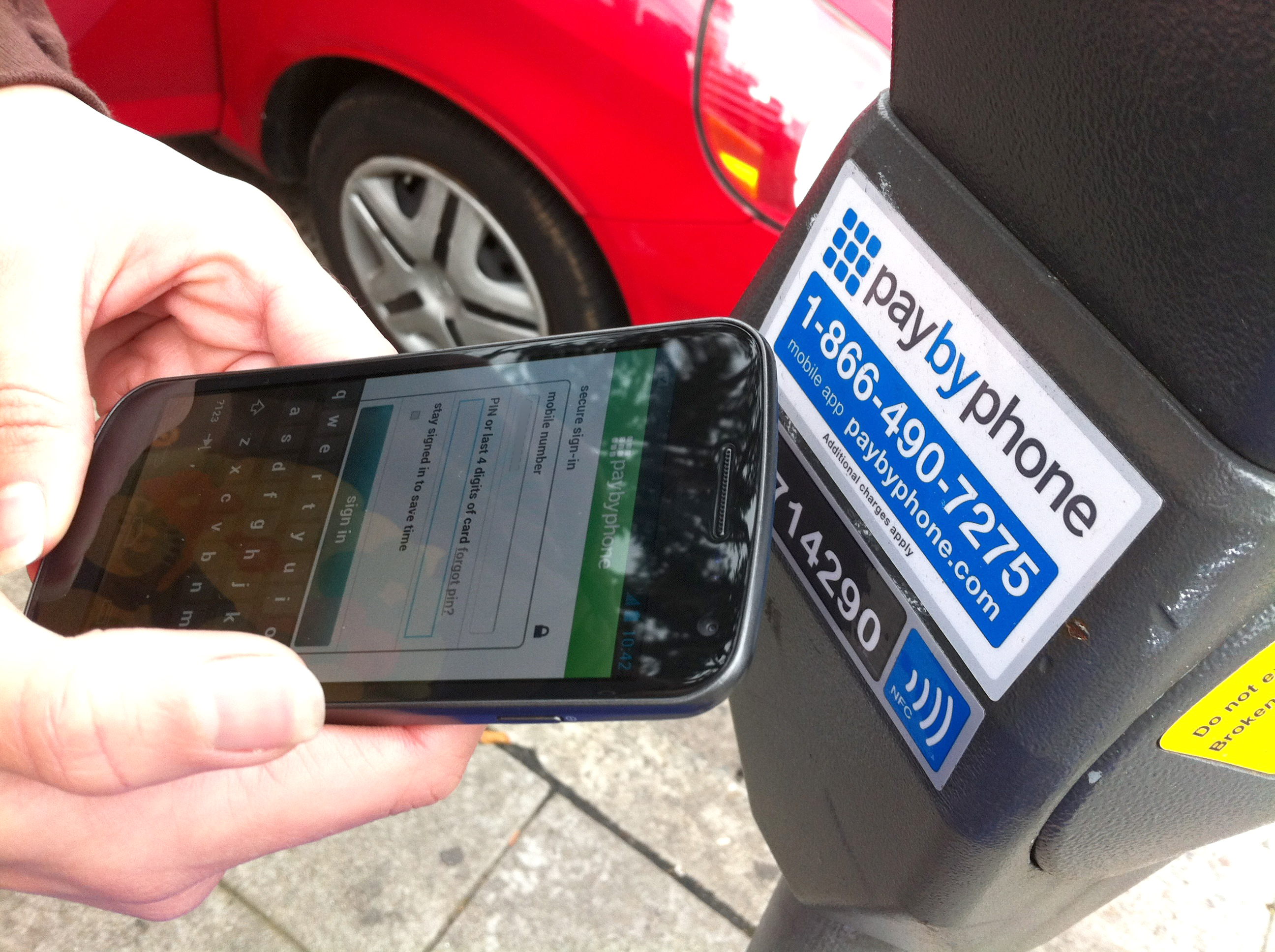 Mobile parking payments app (credits: Jason Tester Guerrilla Futures / Flickr Creative Commons Attribution-NoDerivs 2.0 Generic (CC BY-ND 2.0))