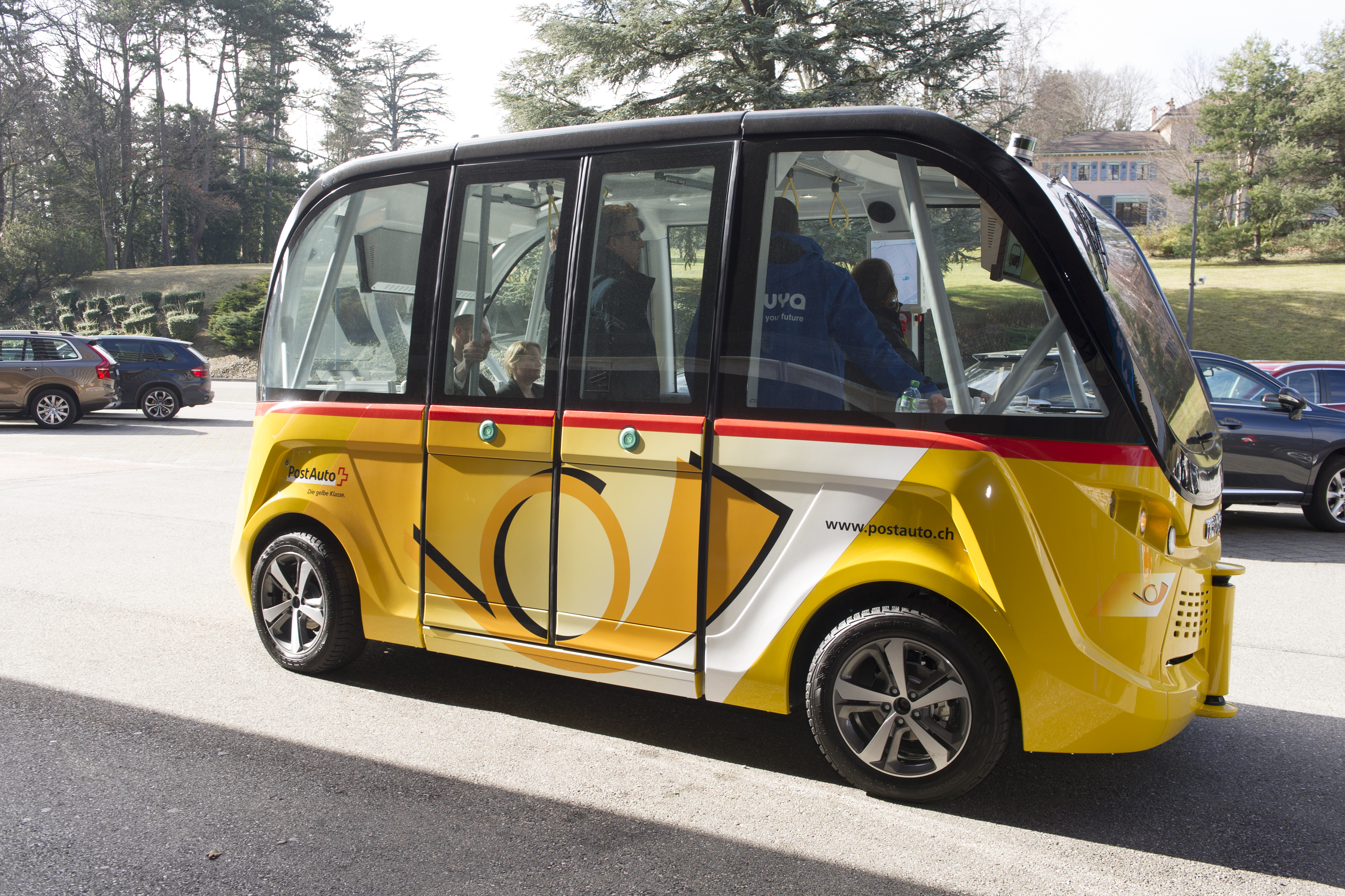 Navya driverless, electric and autonomous shuttle vehicle (credits: Violaine Martin / UN Geneva / Flickr Creative Commons Attribution-NonCommercial-NoDerivs 2.0 Generic (CC BY-NC-ND 2.0))