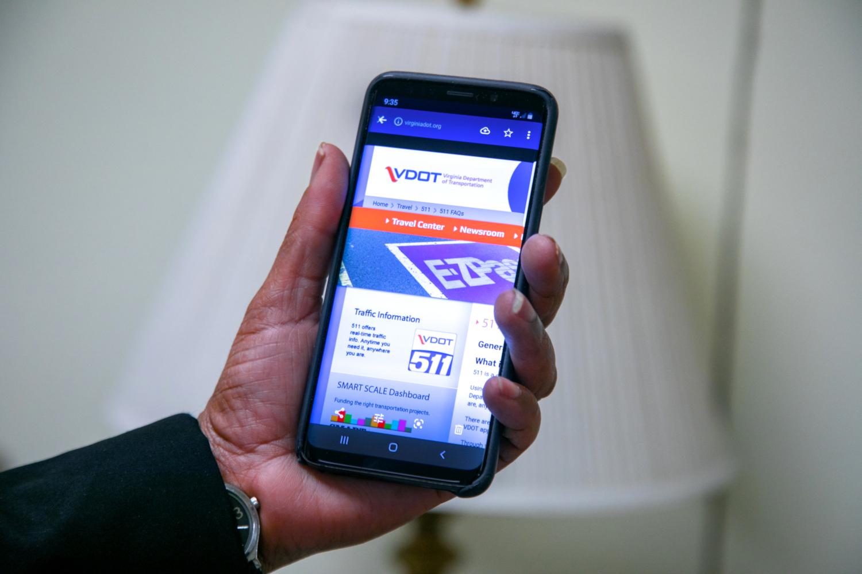 Application mobile 511 (crédits: Tom Saunders, VDOT / Flickr Creative Commons Attribution - Pas d'Utilisation Commerciale - Pas de Modification 2.0 Générique (CC BY-NC-ND 2.0))