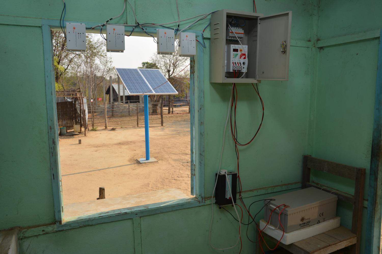 Une maison à l'énergie solaire hors réseau au Myanmar (crédits: Fondation Soneva / Flickr Creative Commons Attribution - Pas d'Utilisation Commerciale 2.0 Générique (CC BY-NC 2.0))